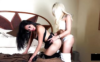 Blonde shemale Fucks brunette tranny