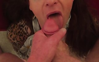 UK TV Alexis sucks cock and gets big facial